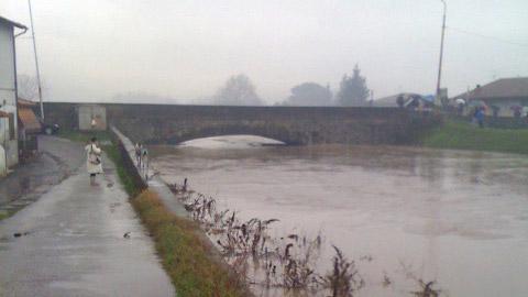 Ombrone, Ponte alle Caserane a Prato_ foto da sito proitezione civile Prato