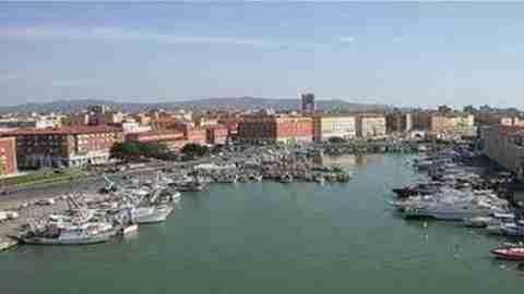 Liquami in mare in zona Moletto di Ardenza a Livorno - ObiettivoTre ...