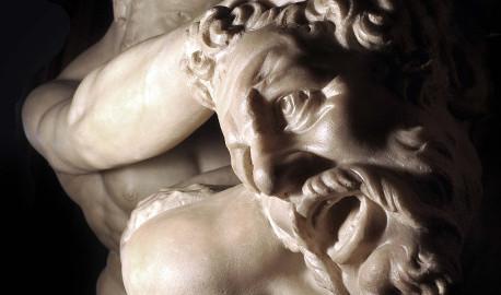 Uffizi: restaurato il gruppo marmoreo Ercole e Nesso