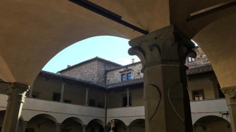 chiostri santuario santa maria impruneta